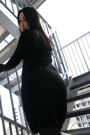 naked asian sexy booty
